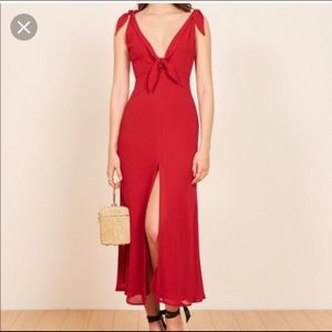 Reformation Harper Dress ❤️